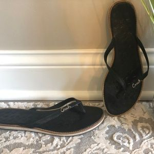 Preloved Coach Black Patent Leather Sandals flips